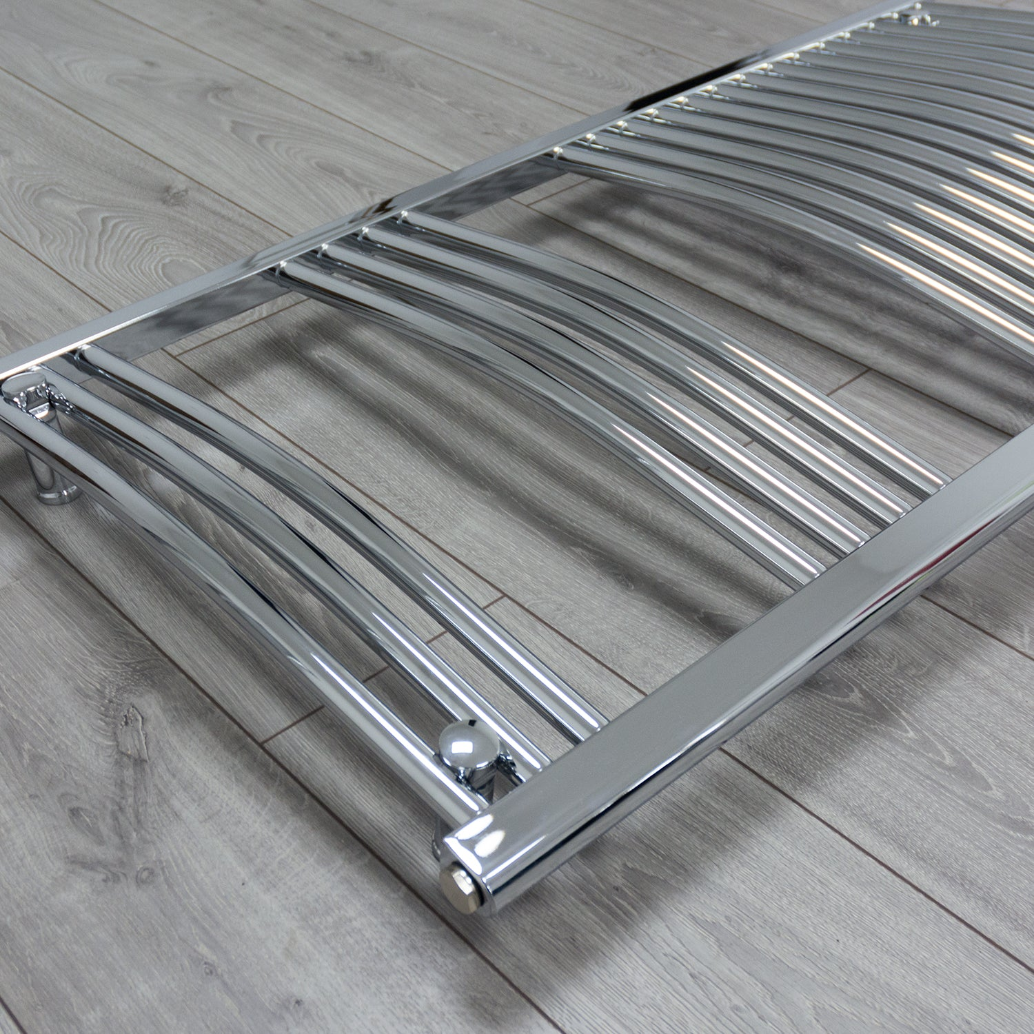 600mm Wide 1100mm High Curved Chrome Heated Towel Rail Radiator HTR
