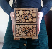 Mini Chest of Drawers, Log Slice Decoration