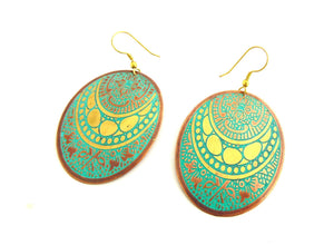 Oval Turquoise and Gold Tone Earrings
