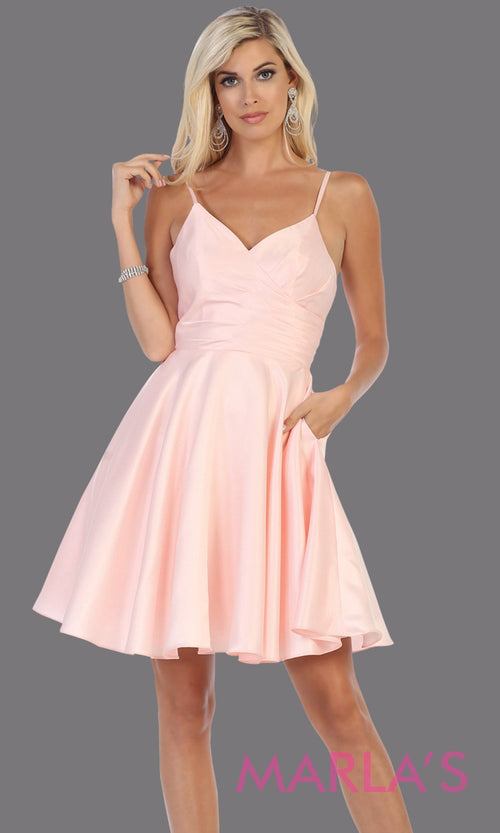 Short v neck blush pink grade 8 graduation dress with flowy skirt from mayqueen.This light pink simple dress is perfect for plus size grad, homecoming, Bat Mitzvah, quinceanera damas,middle school graduation,bridal shower,junior bridesmaids1654.13B-Short v neck blush pink grade 8 graduation dress with flowy skirt from mayqueen.This light pink simple dress is perfect for plus size grad, homecoming, Bat Mitzvah, quinceanera damas,middle school graduation,bridal shower,junior bridesmaids