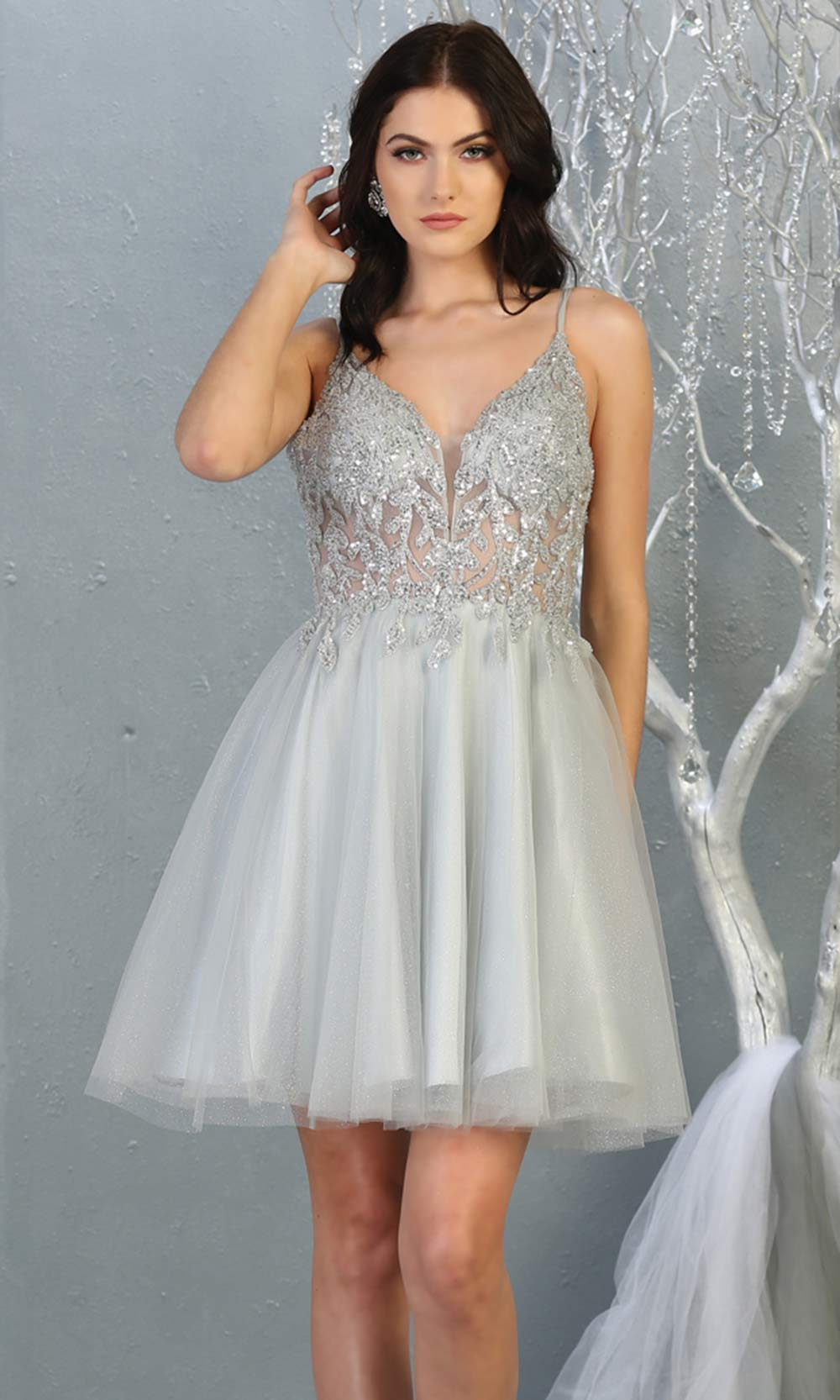 Mayqueen MQ1813 short silver sequin flowy vneck grade 8 graduation dress w/ straps & puffy skirt. Light grey party dress is perfect for prom, graduation, grade 8 grad, confirmation dress, bat mitzvah dress, damas. Plus sizes avail for grad dress.jpg
