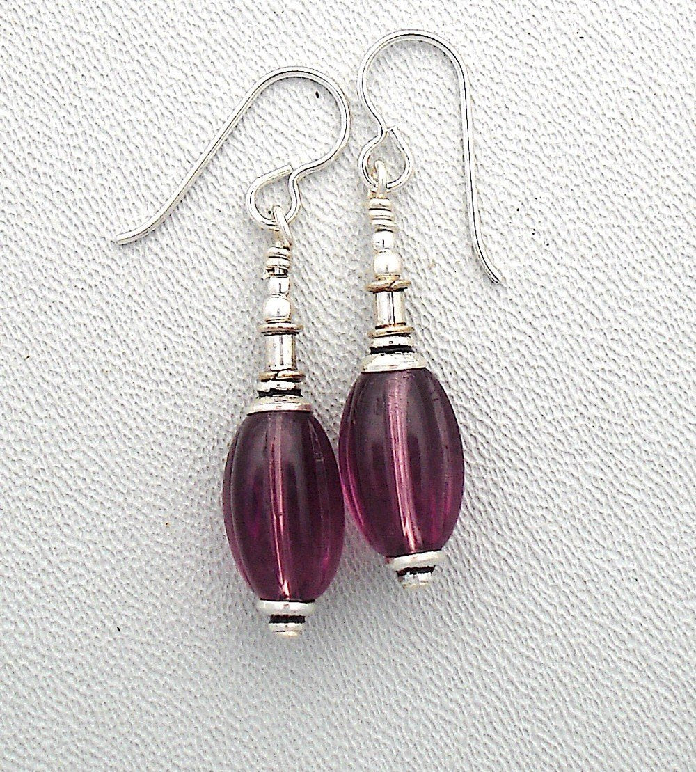 Bracelet and earring set in amethyst glass and silver