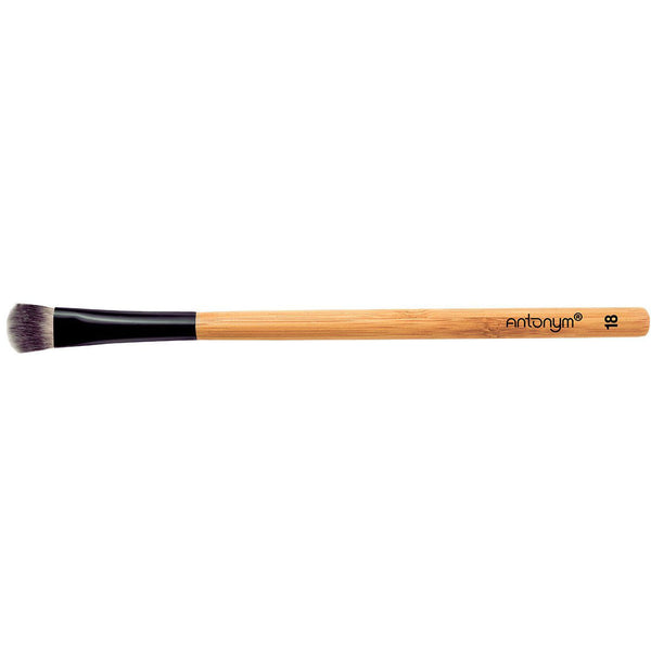 Medium Long Eye Shader Brush No. 18 - Green Core Naturals