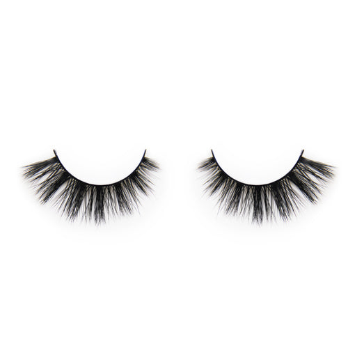 True Luxury Silk Lashes - Kitty Power - Green Core Naturals