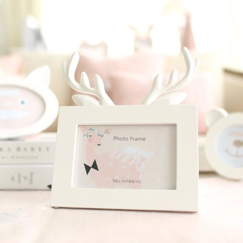 Head Of Deer In White - Picture Frame - Resin On Wood - - Wall Accents