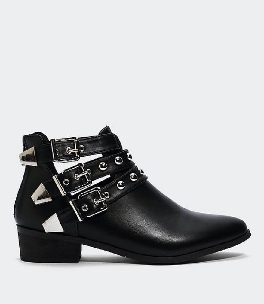 Dani Cut wedge Bootie