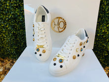 Pearls sneakers