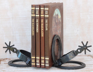 San Angelo Spur and Horseshoe Bookends ~ Add a western flair to any living area, bedroom or office with these gorgeous spur and horseshoe bookends. Great gift idea for guys. RedRiverIron.com
