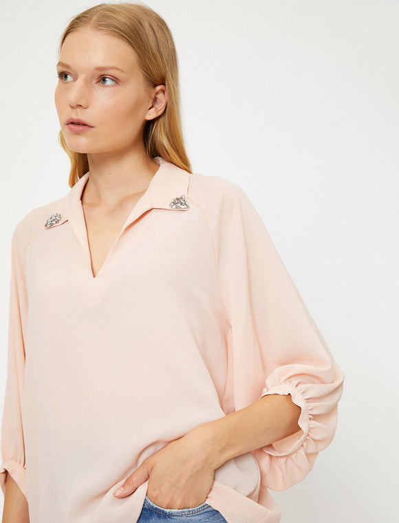 14840 pink accessorised collar blouse