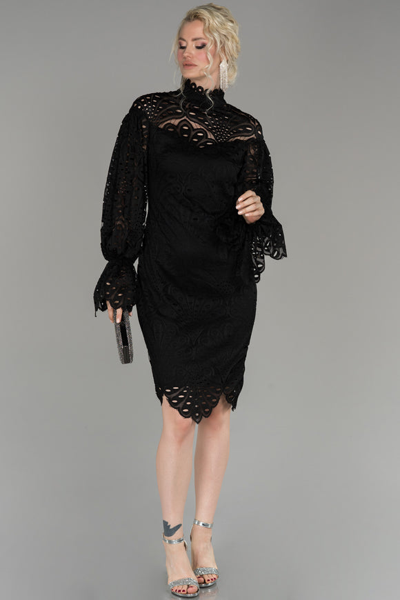 18222 Black Balloon Sleeve Embroidered Lace Dress