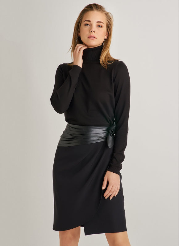 1056 Black Binded Wrap Skirt