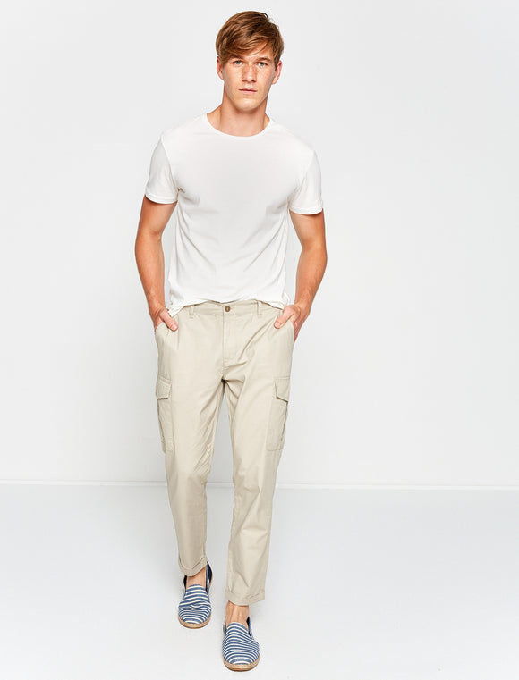 3110038 Pocket Detailed Trousers