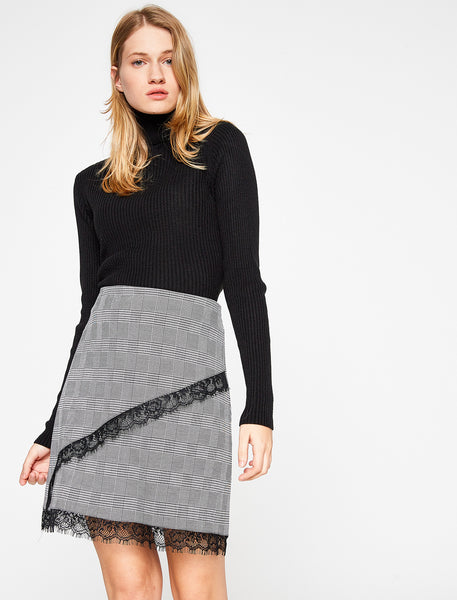 2912225 Black Check Lace Skirt