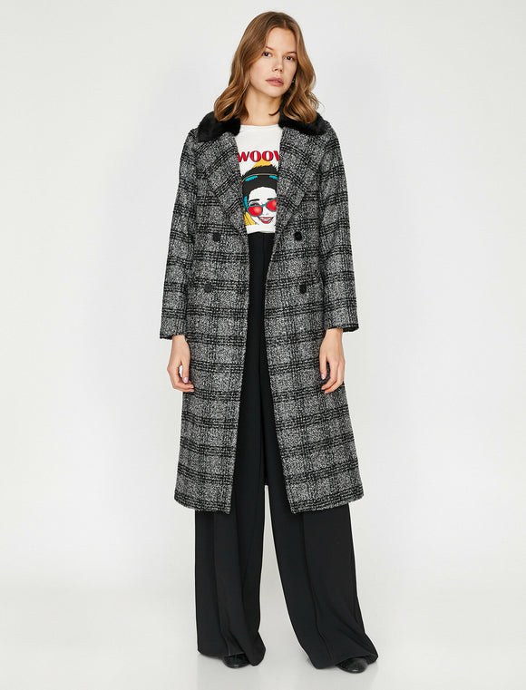 3485 Black Double Breasted Check Coat