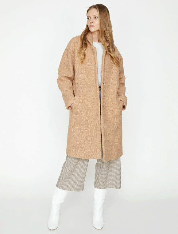 3509 Beige Pocket Detailed Coat