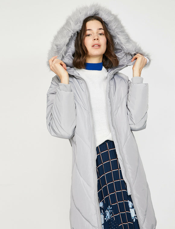 3496 Grey Faux Fur Detailed Coat