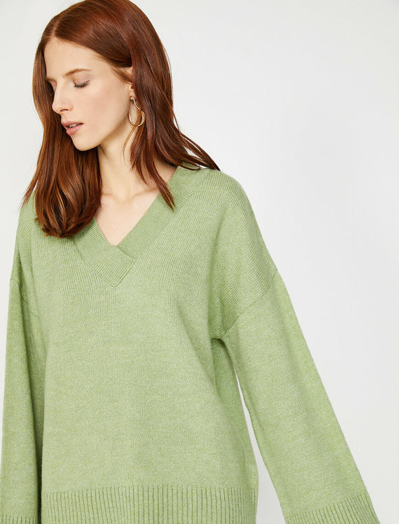 5431 Mint V Neck Jumper