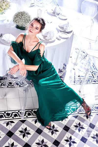 1310045 Green Shoulder Decolleted Gown