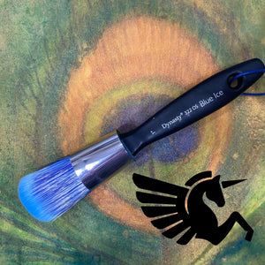 "Blue Ice Oval Short 1"" Brush - Michelle Nicole's ARTiSTiC ViVATiONS"