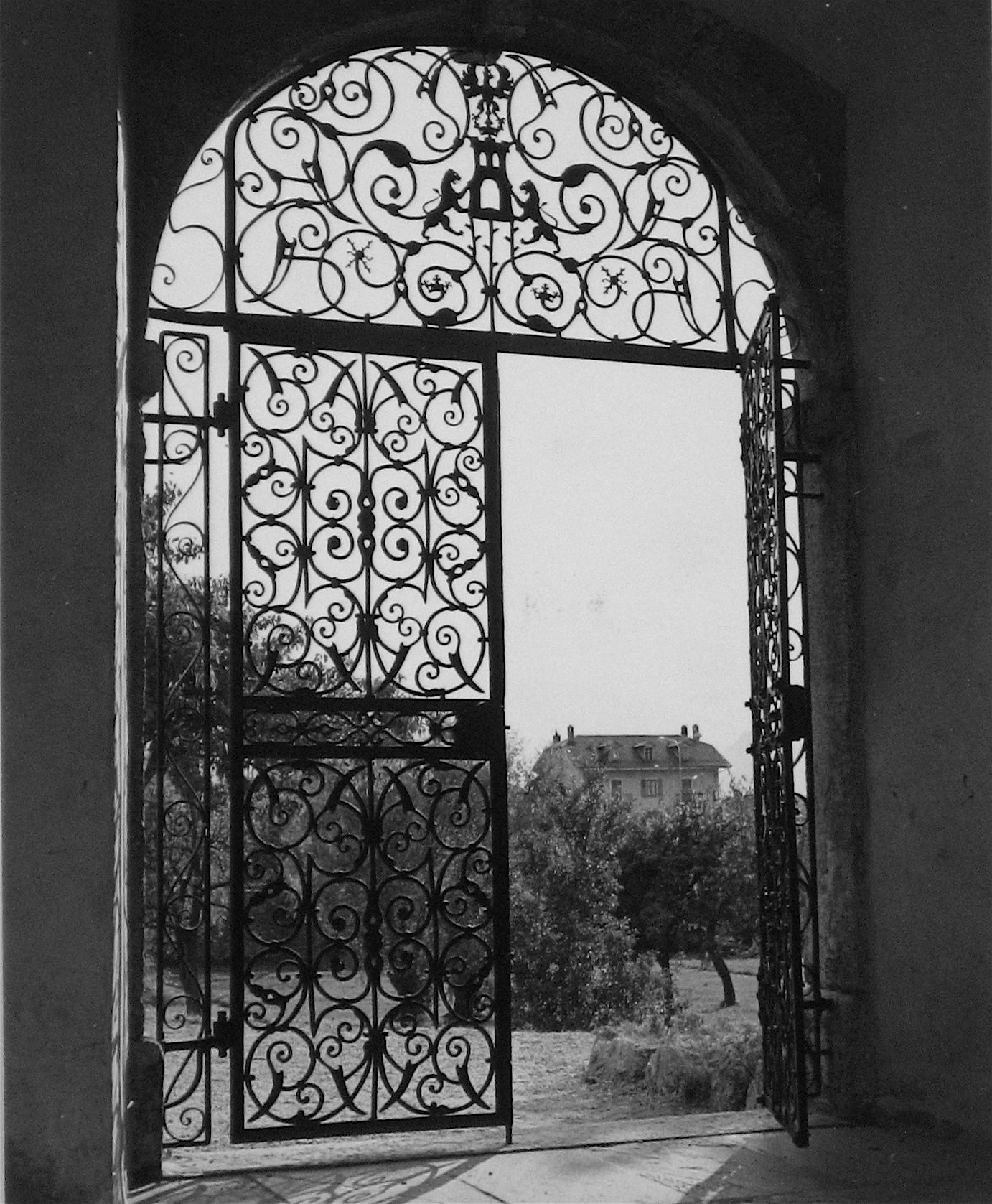 Paisley Door Archway <br>1960s Photograph<br><br>#12145