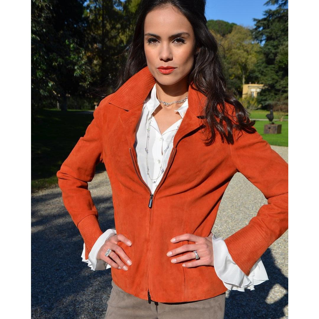 Jennifer Tattanelli crafted in Florence this both sophisticated and flattering women jacket with light and buttery suede leather featuring an ultra-sleek fitting with meticulously done vertical seams