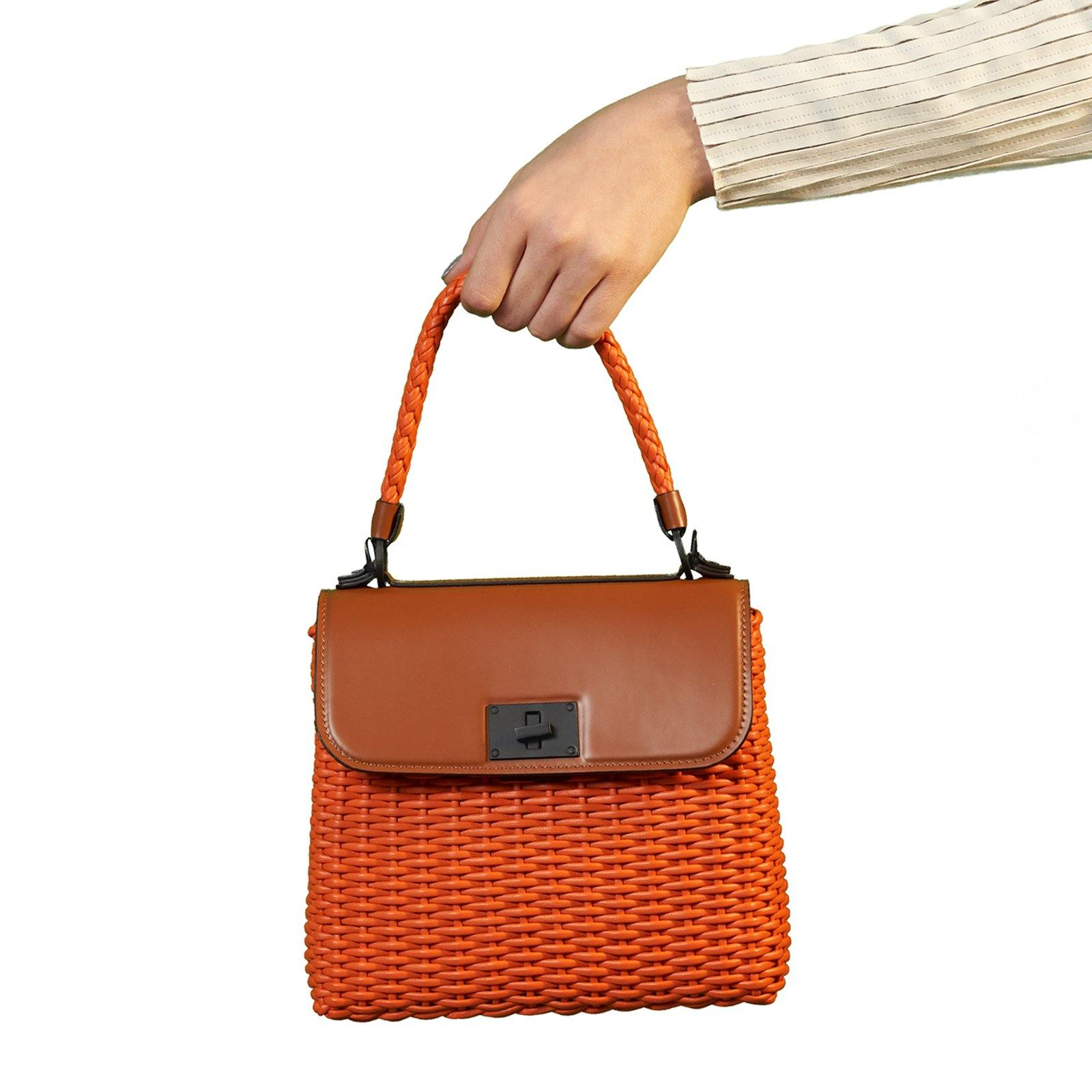 Women Leather Intrecciato Canestro Bag