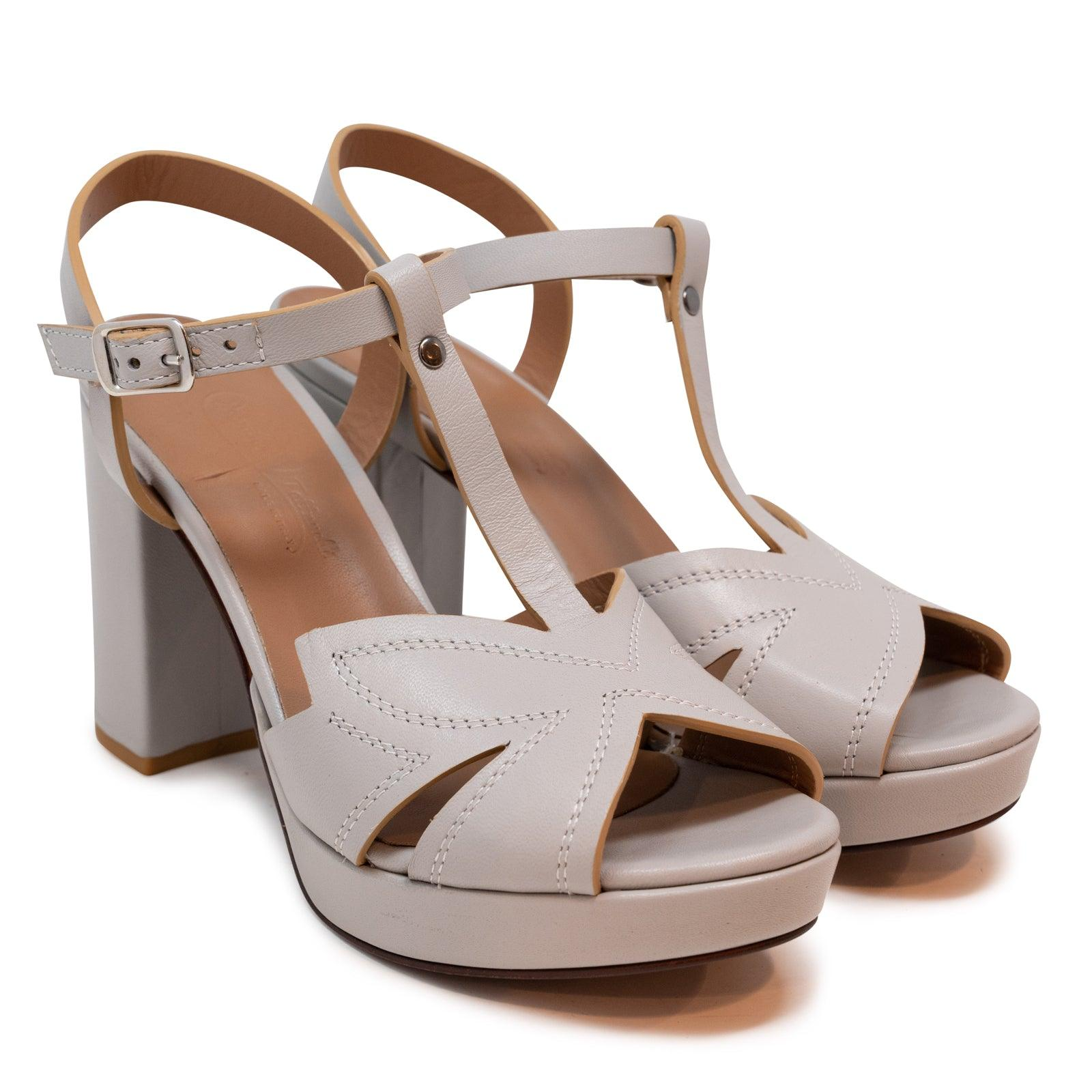 Women's Buffered Leather Platform Sandals in Magnesio