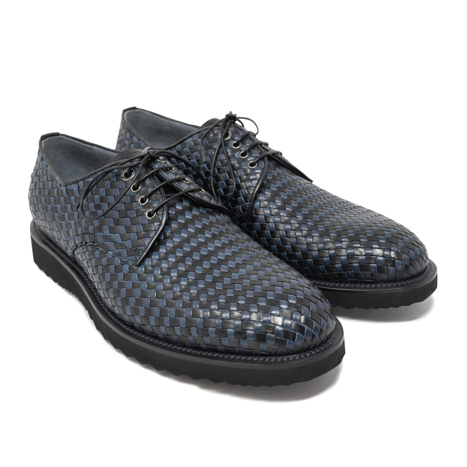 Lace Up Men Shoes in Black and Blue Intrecciato Leather