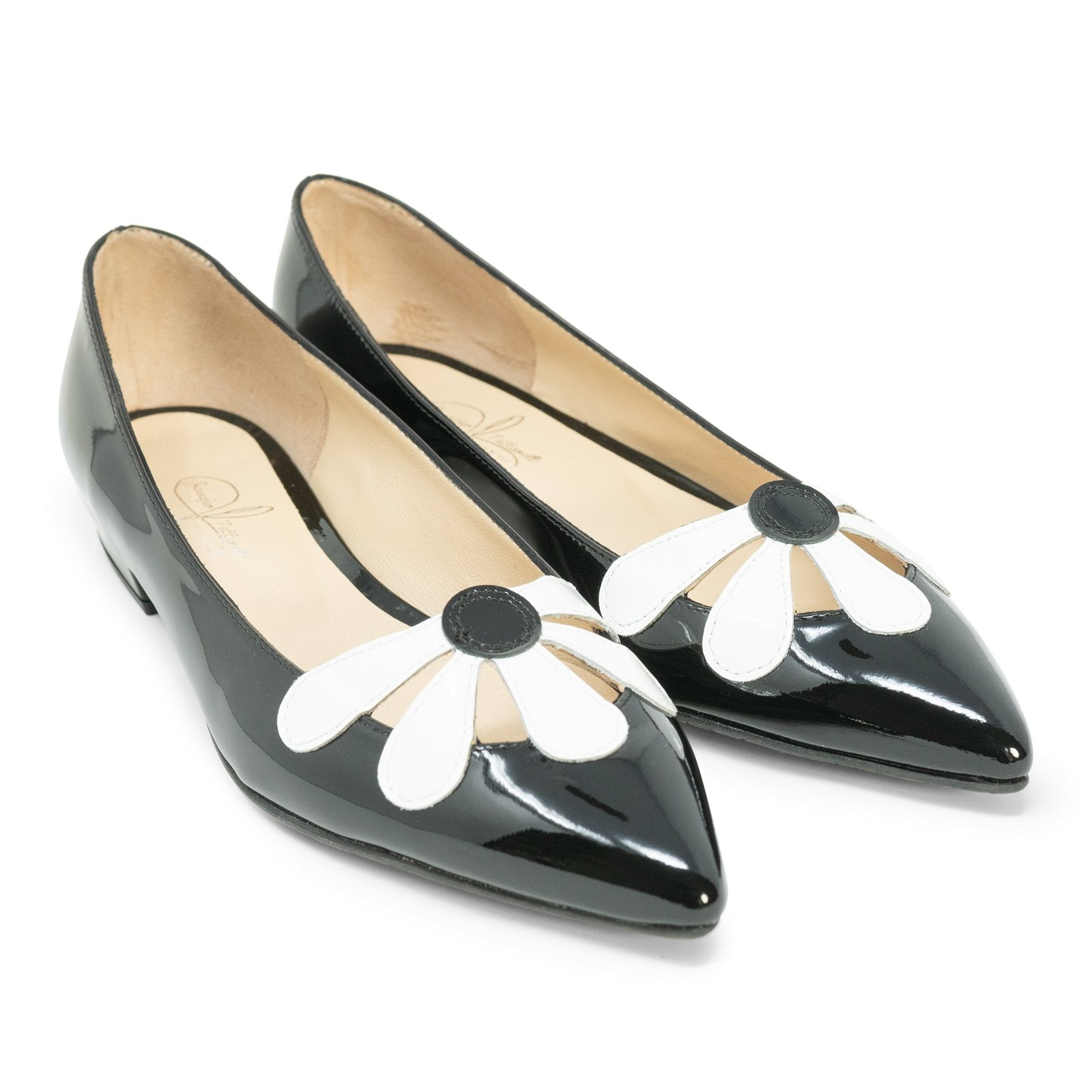 Women Pointed Ballet Flats with Flower in Black - Jennifer Tattanelli