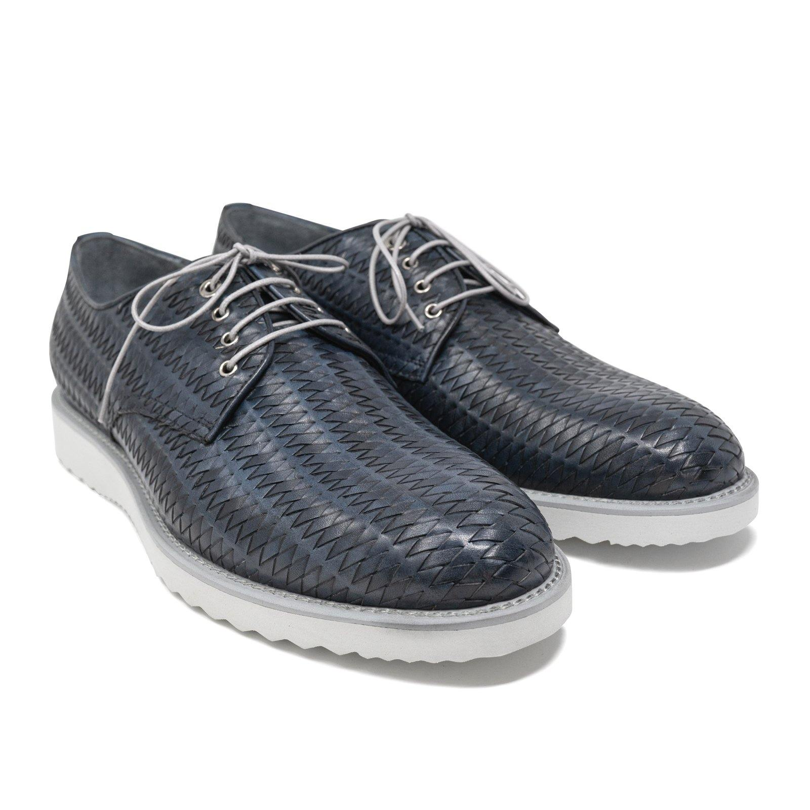Lace Up Men Shoes in Dark Blue Intrecciato Leather