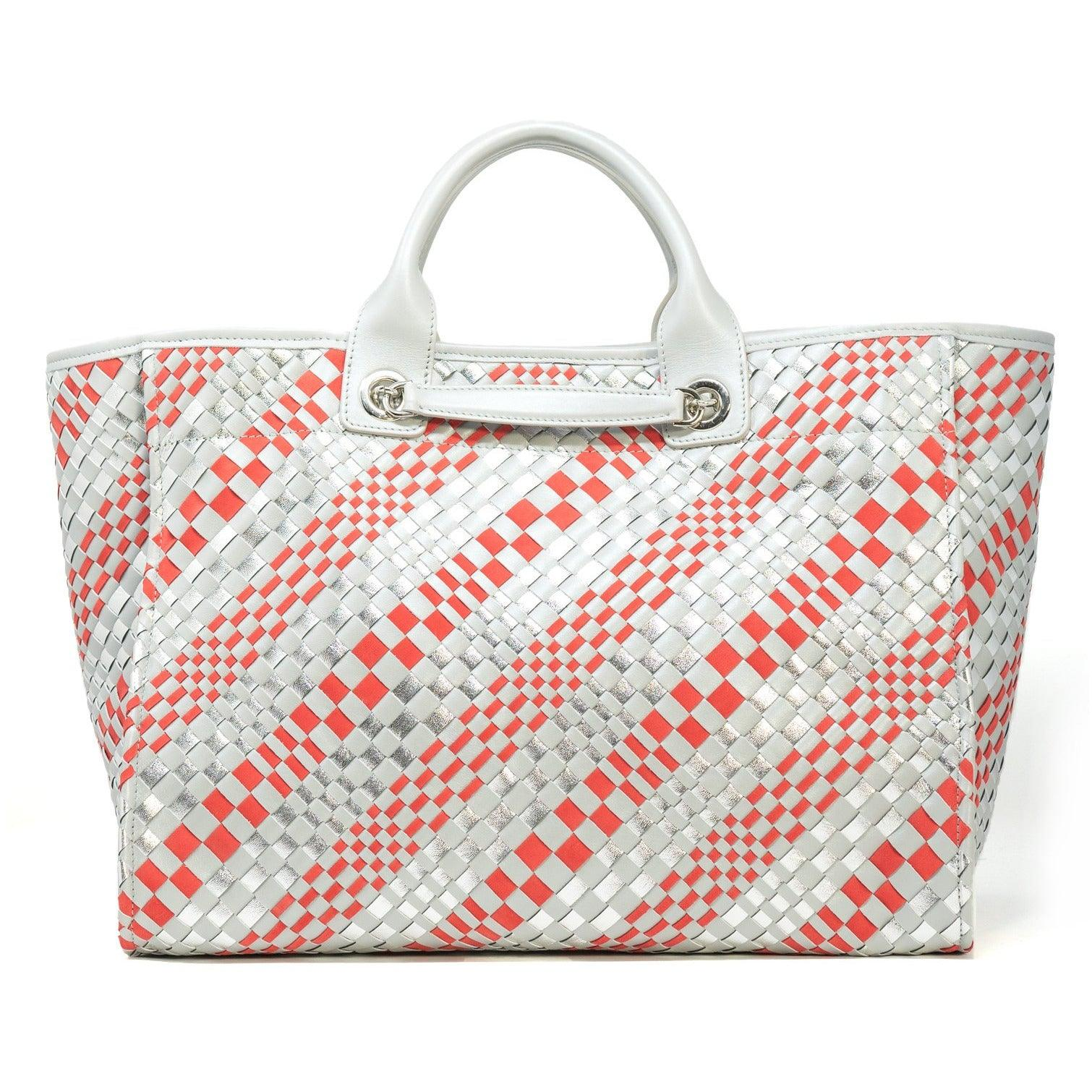 The Hamptons Large Intrecciato Leather Shopping Bag in Pearl Grey
