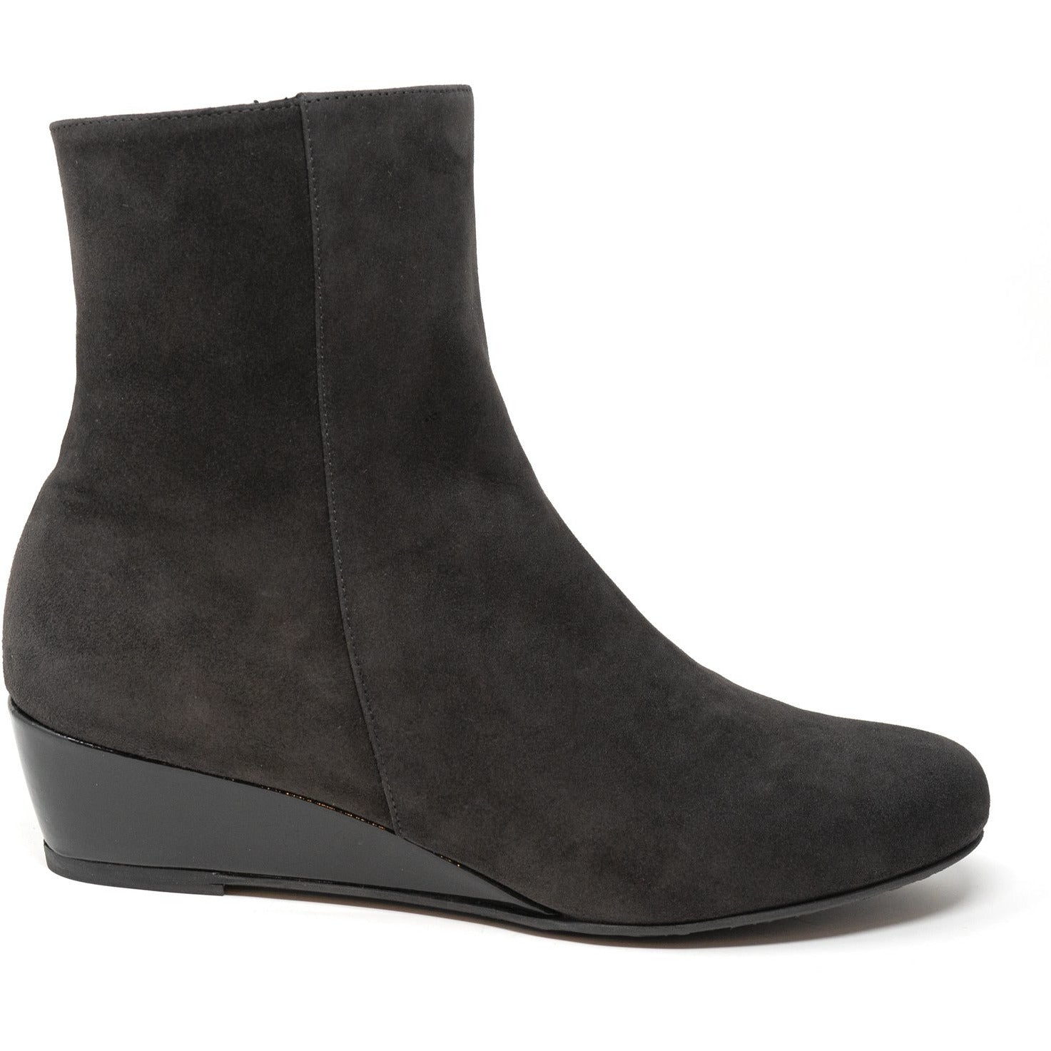 Women Ankle Wedge Boots in Brown - Jennifer Tattanelli