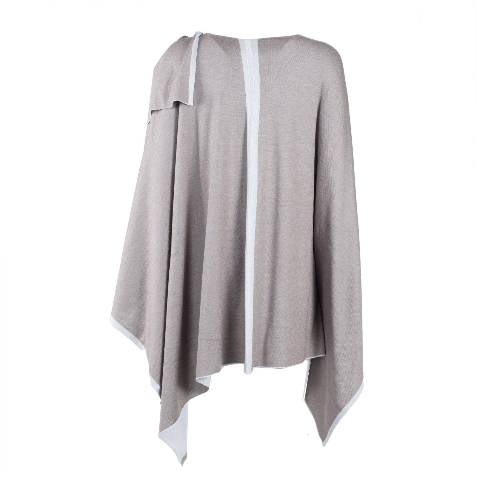Large Reversible Pashmina Cape in White and Light Grey - Jennifer Tattanelli