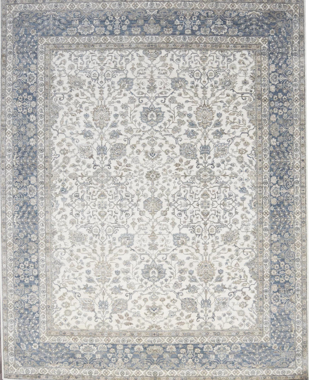 Pearl Isfahan Antique Rug handmade area rug Shop Tapis