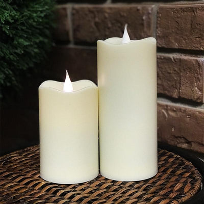 Set of 2 Resin candles w/ flickering flame