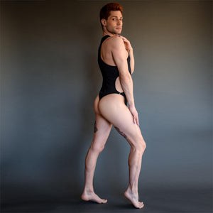 @kristopurrrrrr kristopher botrall models the Harper Leotard in black for gay men and drag