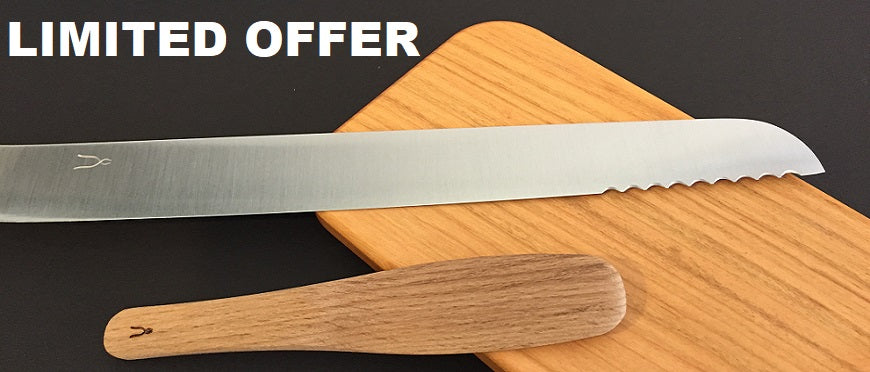 Buy Tadafusa bread knife and get a Tadafusa chestnut butter knife for free.