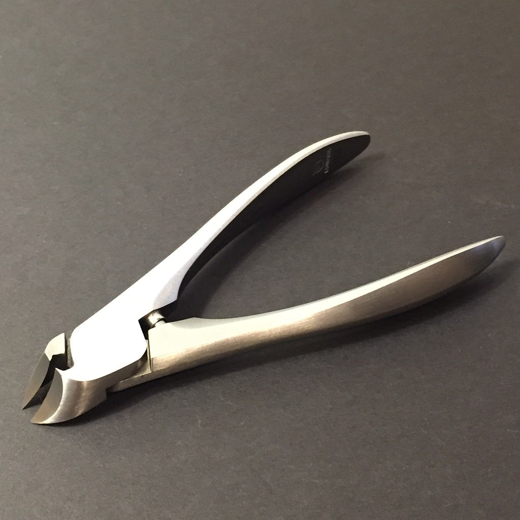 SUWADA NAIL CLIPPERS w/CASE /For Fingernail  -Free shipping