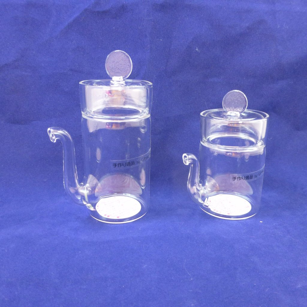 DRIPLESS GLASS SOY SAUCE DISPENSER