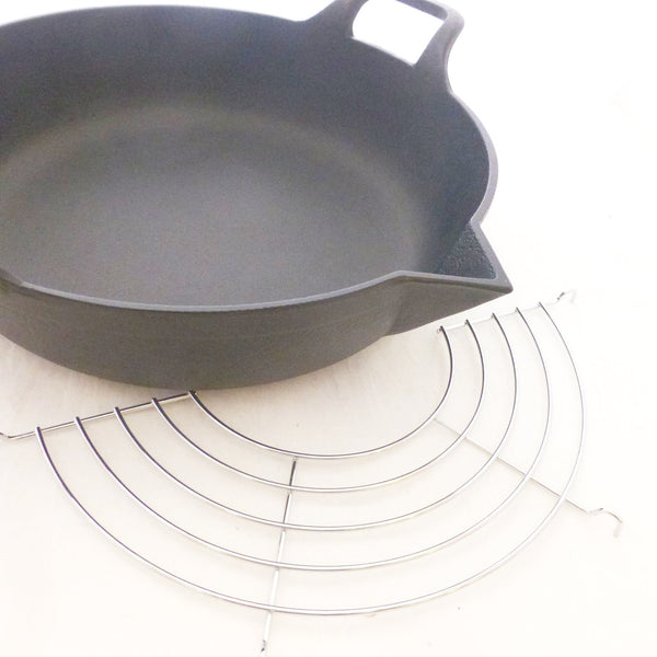 DEEP FRYING PAN-SKILLET -CAST IRON