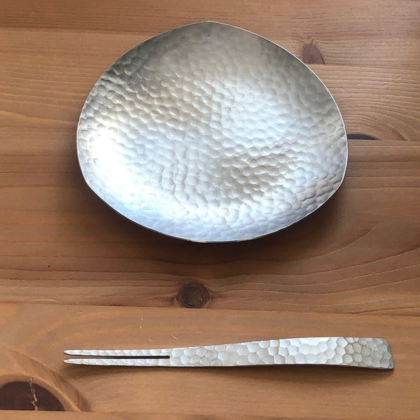 HAMMERED EYE FISH DESERT PLATE SET-WASABI