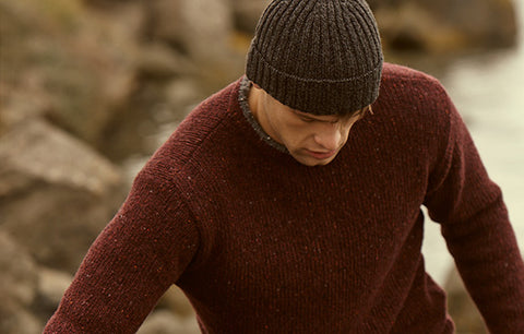 IrelandsEye Men's Knitted Roundstone Pullover - Burgundy