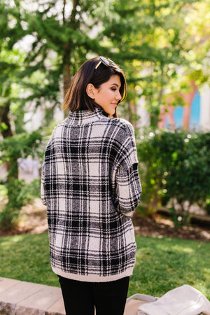 Plaid Girl Pullover
