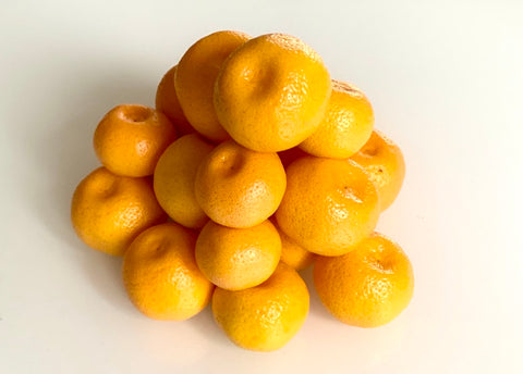 Pile of small bitter oranges