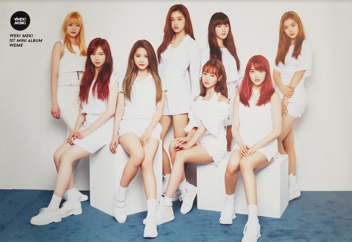 Weki Meki 1st Mini Album Weme Official Poster - Photo Concept 1