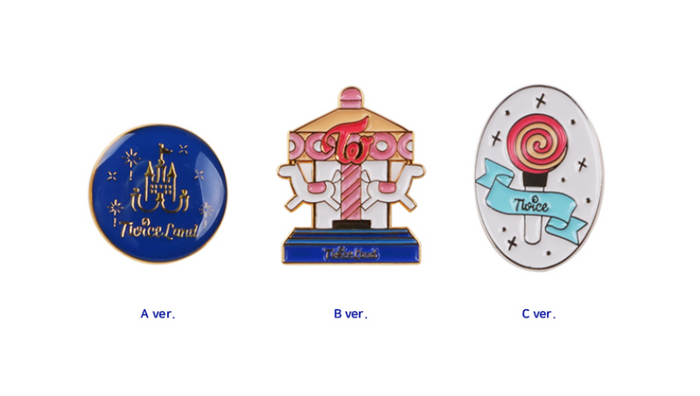 "TWICE ""TWICELAND ZONE 2 : FANTASY PARK"" OFFICIAL MD - TWICELAND BADGE"