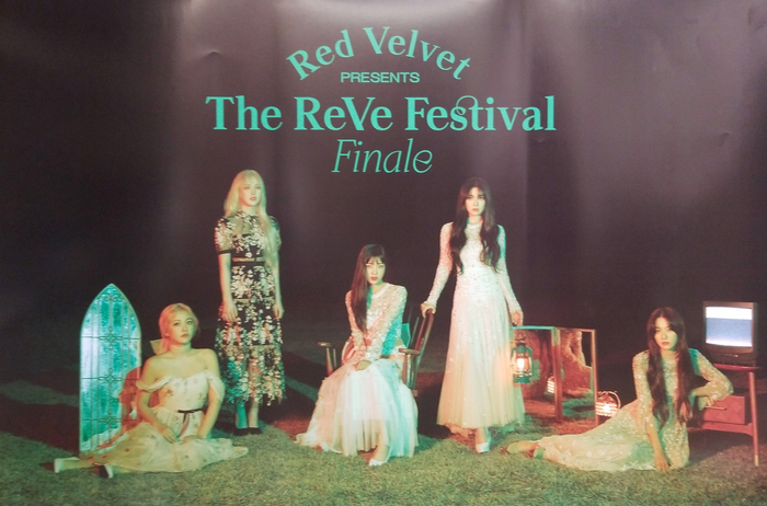 RED VELVET The Reve Festival Finale Official Poster - Photo Concept 1