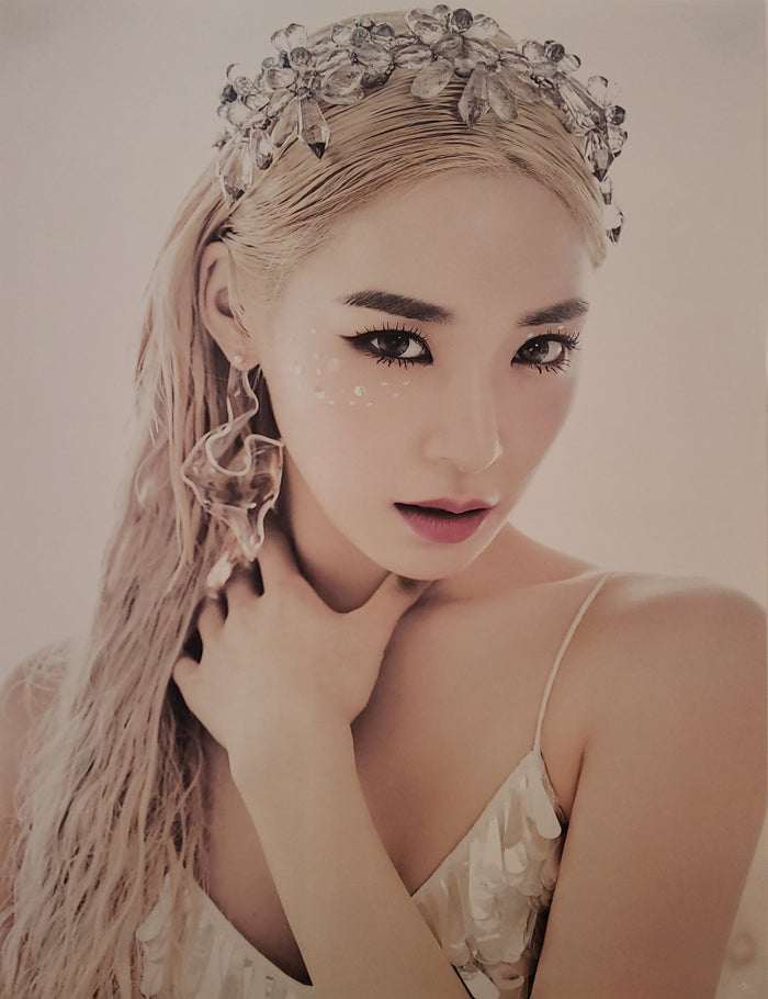 Tiffany Young album LIPS ON LIPS Official Poster - Photo Concept 1