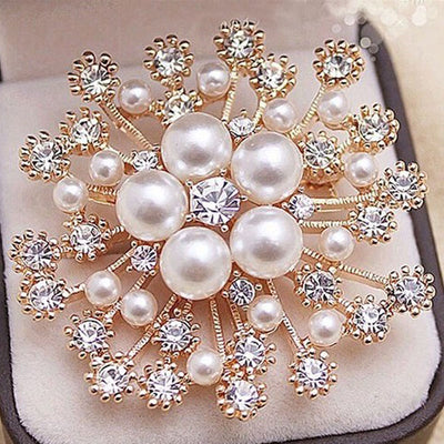 Large Imitation Pearls Crystal Pin Brooch