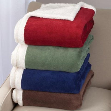 Ultra Plush Microfiber Sherpa Throw by OakRidge
